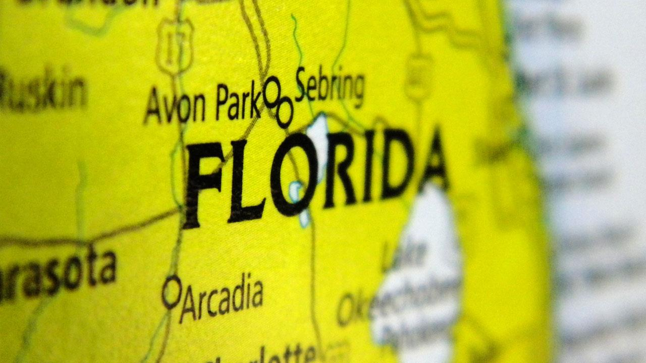 Tourists still flocking to Florida in record numbers for now